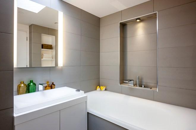Bathroom brand toto brings luxury to grand designs inside id for Grand designs 3d bathroom kitchen